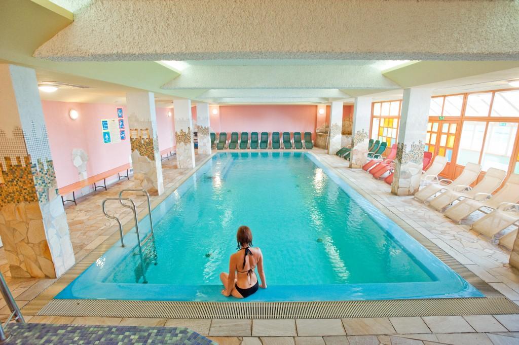 Rogla - Indor pool